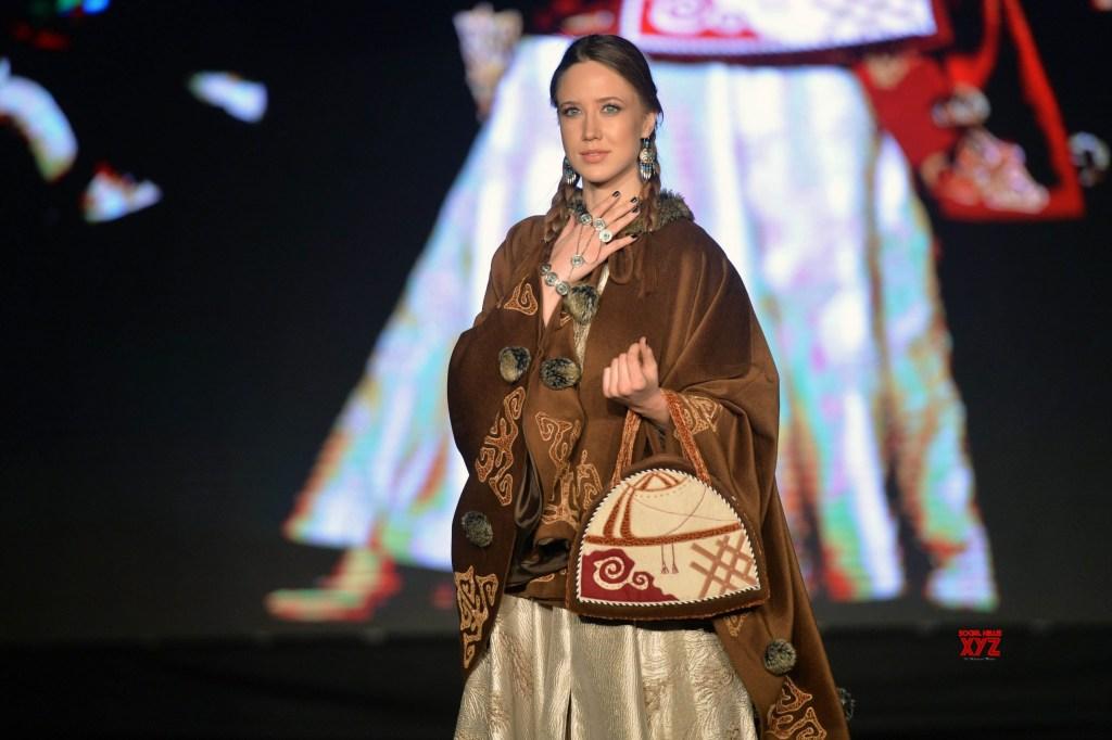 پوشاک مردم آذربایجان