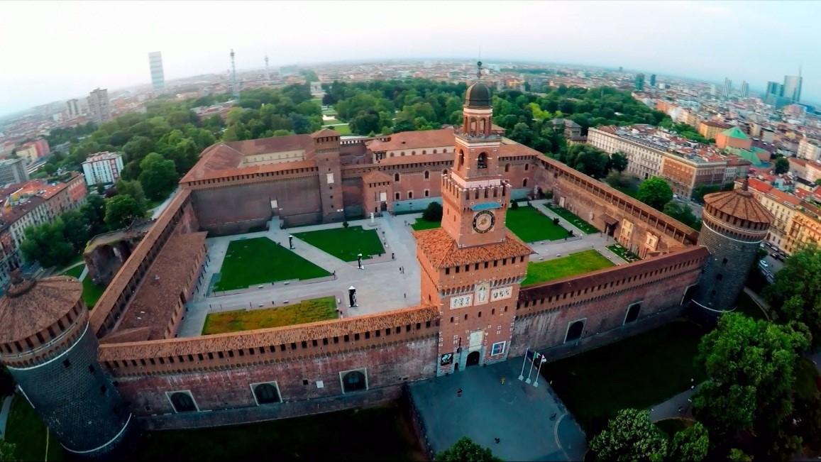قصر سفورزا میلان